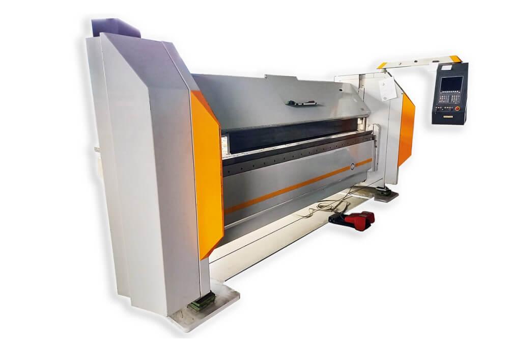 Biegemaschine Blechbearbeitung